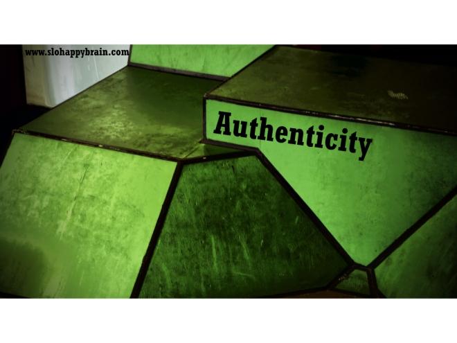 Authenticity_cube